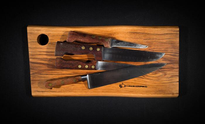 Planche à découper et couteaux par atelier-atelier