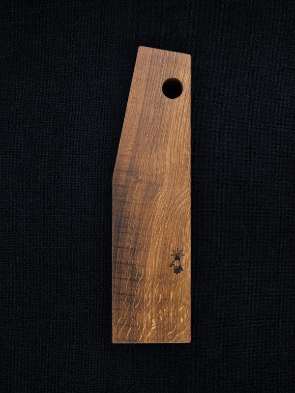 Planche à découper en chêne des Vosges façonnée par Atelier-Atelier