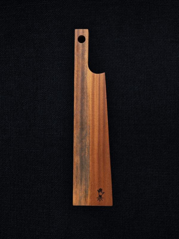 Planche à découper en sapelli, bois exotique ma main à couper produits made in Vosges