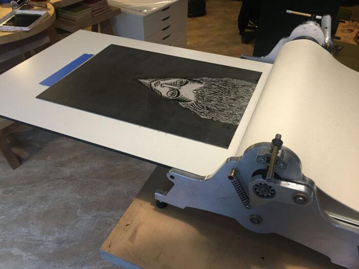 Tirage de la gravure à l'atelier Cadet roussel